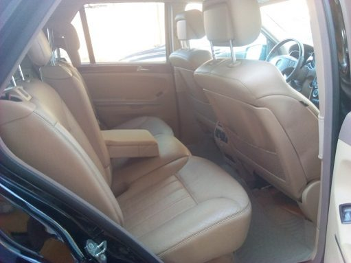 Mercedes-Benz ML500 4MATIC full